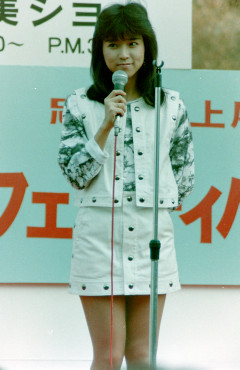 1983年11月20日 川島なお美 忠実屋上尾店(オープニング)